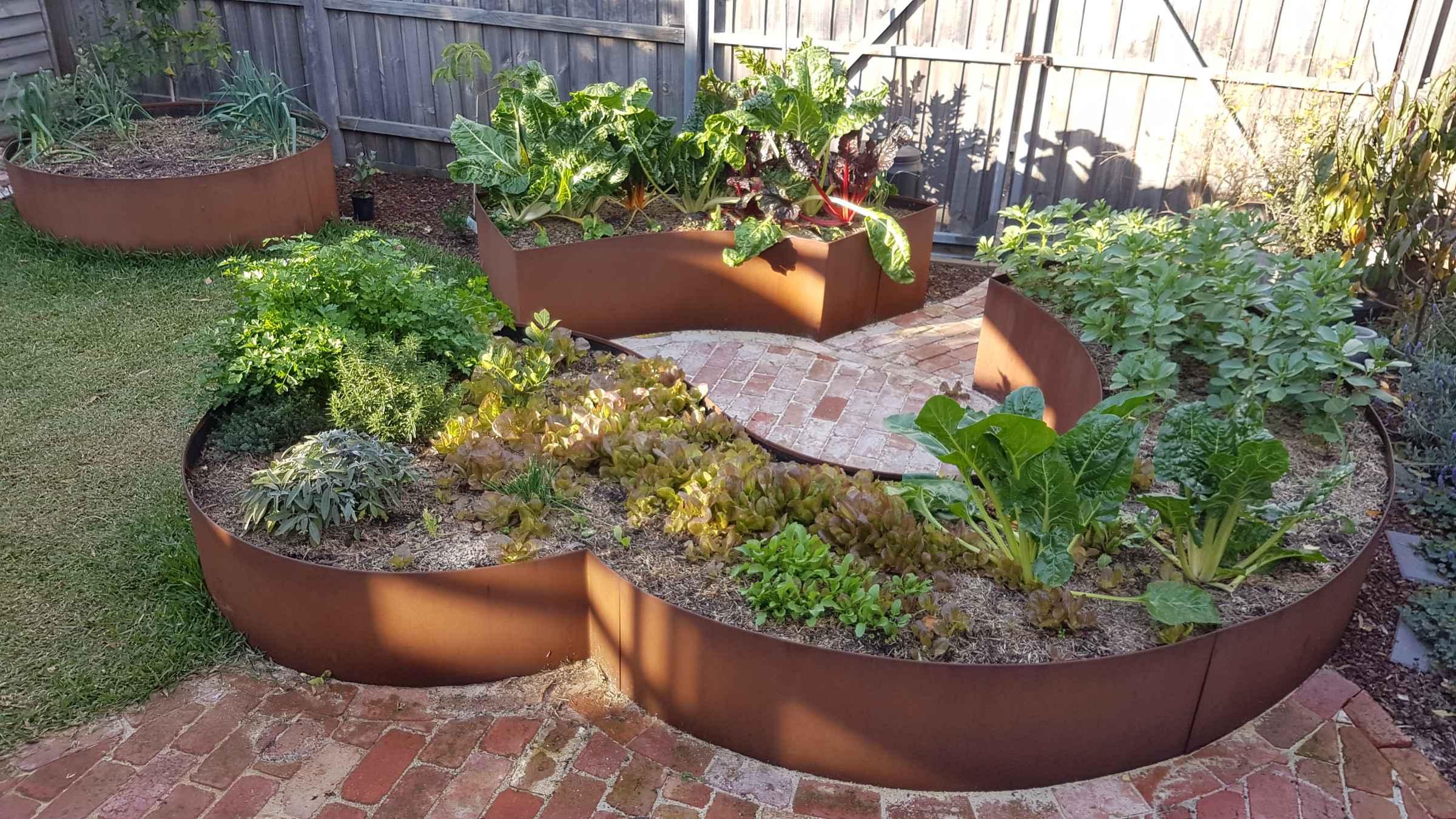 Raised Steel Garden Bed